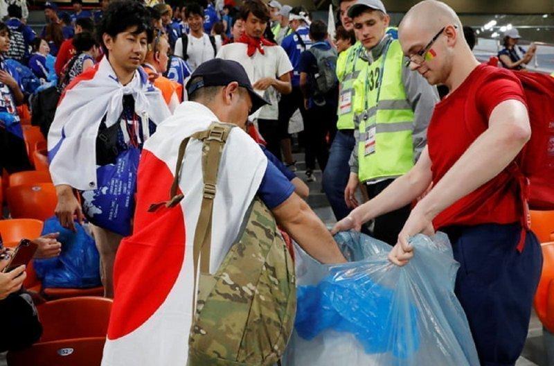 Японские болельщики изменили культуру футбольного мира