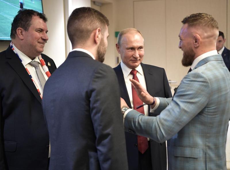 Макгрегор выложил совместное фото с Путиным