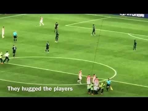 Pussy Riot чуть не сорвали финал ЧМ по футболу