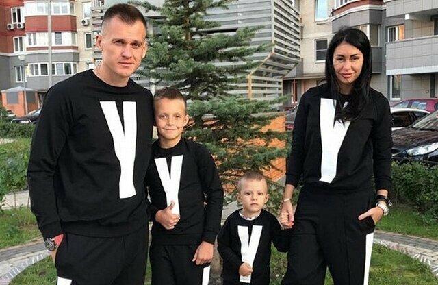 Артем Ребров рассказал, сколько нужно зарабатывать, чтобы содержать его семью