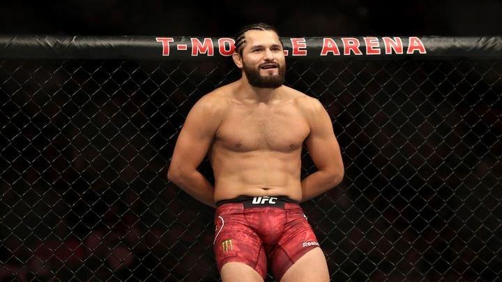Боец одержал самую быструю победу в UFC, нокаутировав своего соперника на первых секундах