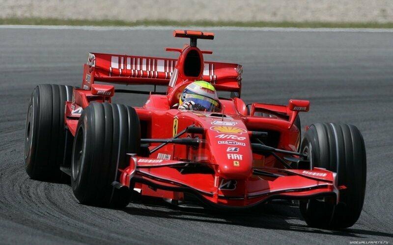 Из-за коронавируса отложили старт «Формулы-1»