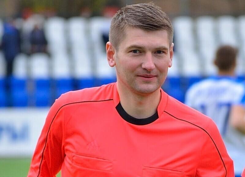 Российский арбитр за организацию договорного матча пожизненно отстранен от футбола