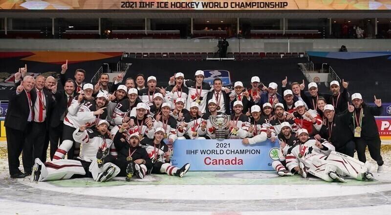 Десятка лучших моментов Чемпионата Мира по хоккею-2021