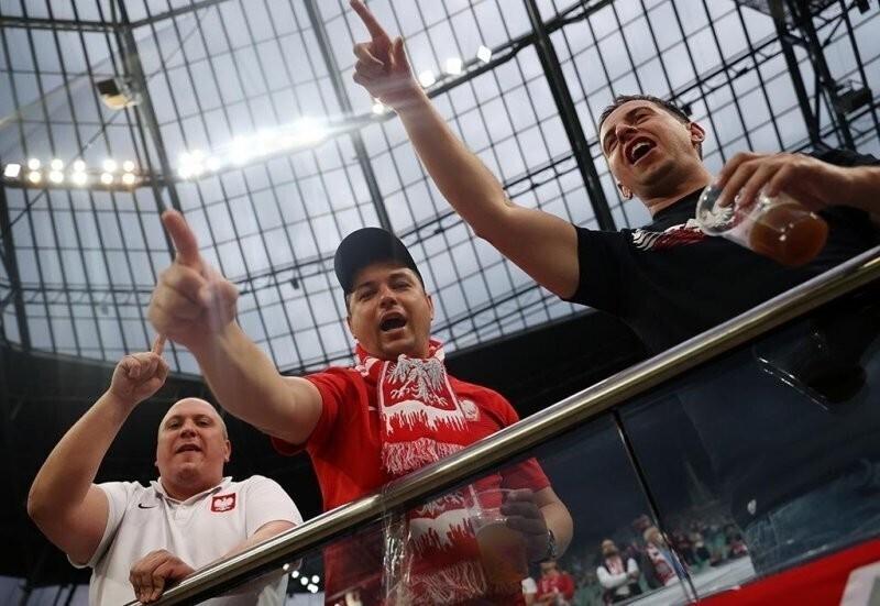 Польских фанатов считают главной угрозой во время Евро в Петербурге