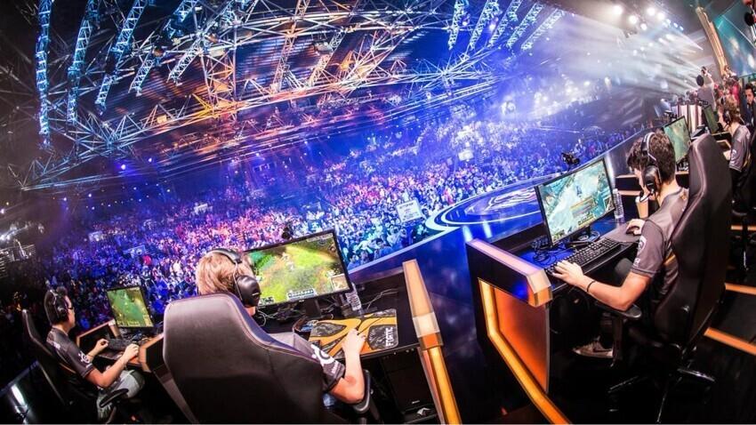 Киберспортивные организации объявили о сотрудничестве с букмекерским гигантом