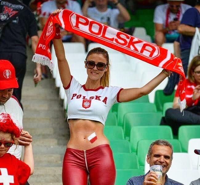 Поляки на ЧМ-2018 играют плохо, но хоть полячки не подкачали