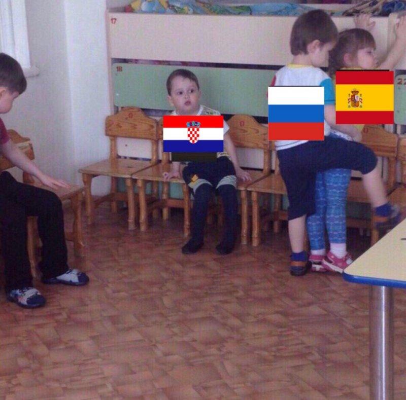 Пользователи соцсетей уверены, что хорваты боятся сборную России. Все же видели, что Черчесов и Ко сделали с испанцами Хорватия, прикол, россия, спорт, футбол, чм-2018, юмор