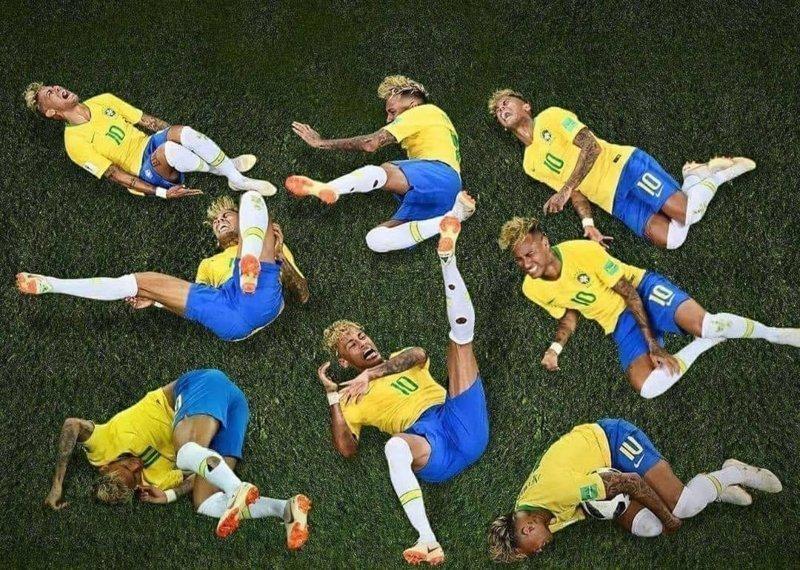 Переигрывания бразильского футболиста стали темой для фотожаб ЧМ 2018 по футболу, мемы, неймар, симуляция в футболе, фото, фотожабы, футбол, футболист