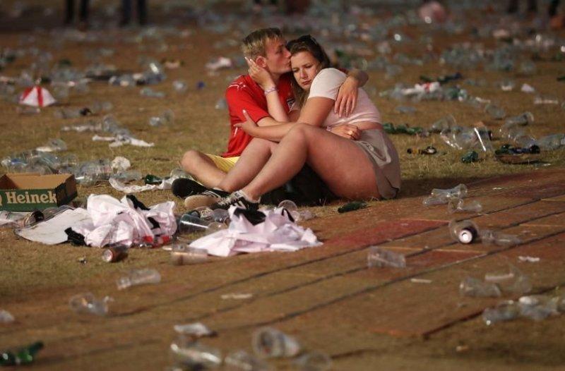 В лондонском Гайд-парке и других местах по всей Великобритании, где болельщики смотрели футбол, после окончания матча остались кучи мусора, посреди которых валялись нетрезвые фанаты Англия, Хорватия, болельщики, спорт, фанаты, футбол, чемпионат мира