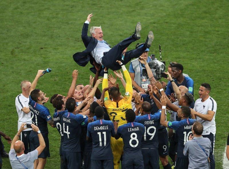 Тренер Франции - сам Чемпион мира как игрок и снова чемпион как тренер Франция, спорт, футбол, чм2018