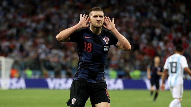 Хорватский футболист оплатил кредиты своих односельчан