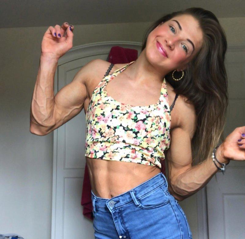 Англичанка, едва не умершая от анорексии в детстве, в 20 лет стала бодибилдершей анорексия, бодибилдерша, в мире, люди, спорт, фигура
