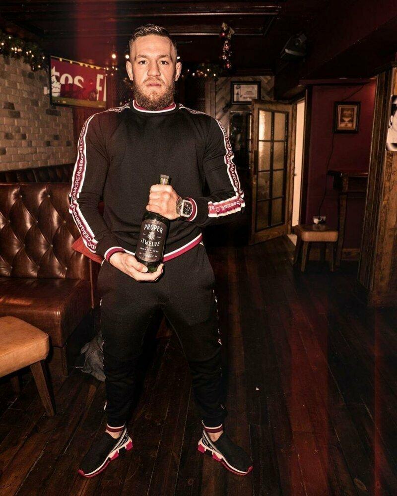 """Ирландец запустил собственный бренд виски """"Proper Twelve"""" боец, знаменитость, конор макгрегор, роскошь, состояние, спорт"""