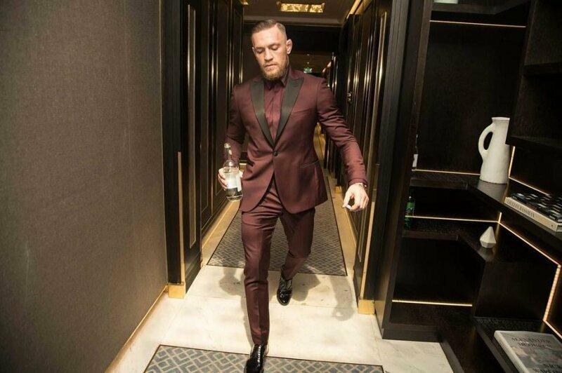 Конор Макгрегор умеет стильно одеваться боец, знаменитость, конор макгрегор, роскошь, состояние, спорт