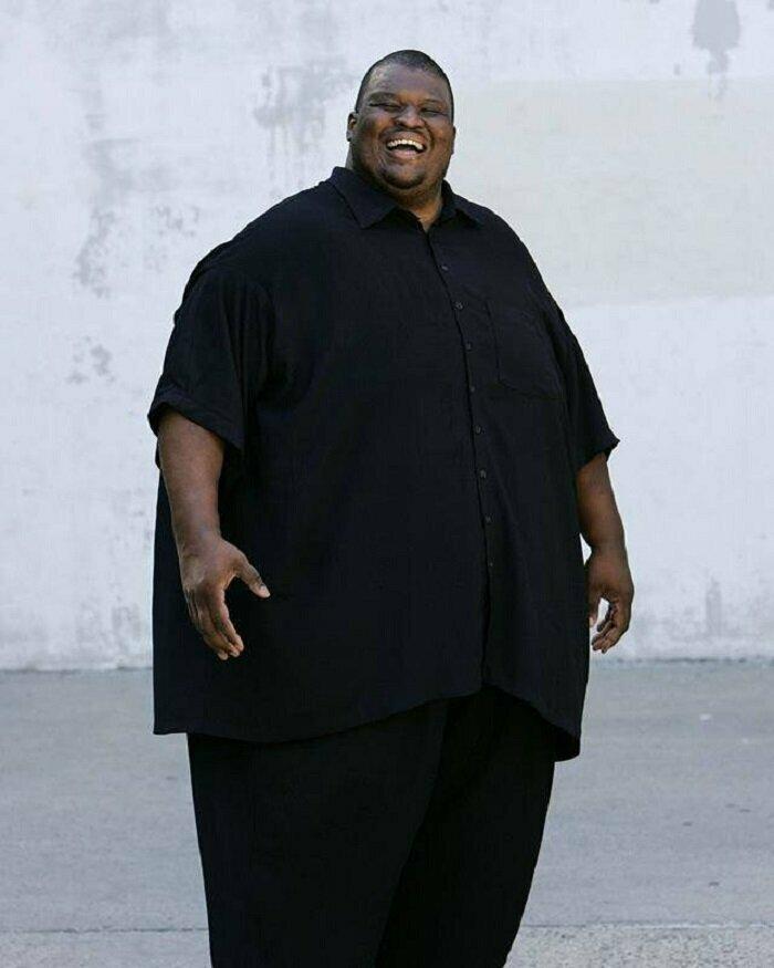 Эммануэль Ярборо вес, внешность, гигант, знаменитости, люди, размер, рост, спорт