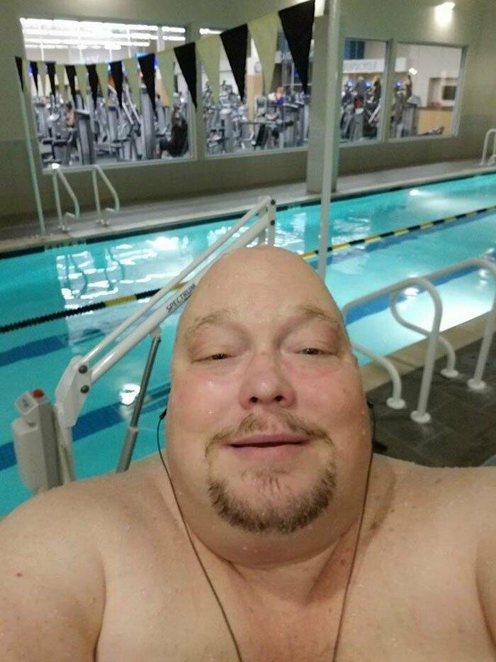 На правильном питании, прогулках, аэробике и йоге все не закончилось - Вэнс также регулярно посещал бассейн до и после, здоровый образ жизни, истории, лишний вес, люди, спорт, трансформация, фото