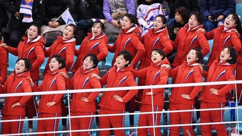 Мы не забыли и про северкорейскую группу поддержки баскетбол, группы поддержки, девушки, красивые девушки, подборка, спорт, хоккей