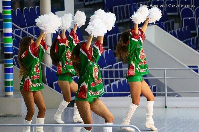 Девчата, болеющие за  ХК «Ак Барс» баскетбол, группы поддержки, девушки, красивые девушки, подборка, спорт, хоккей