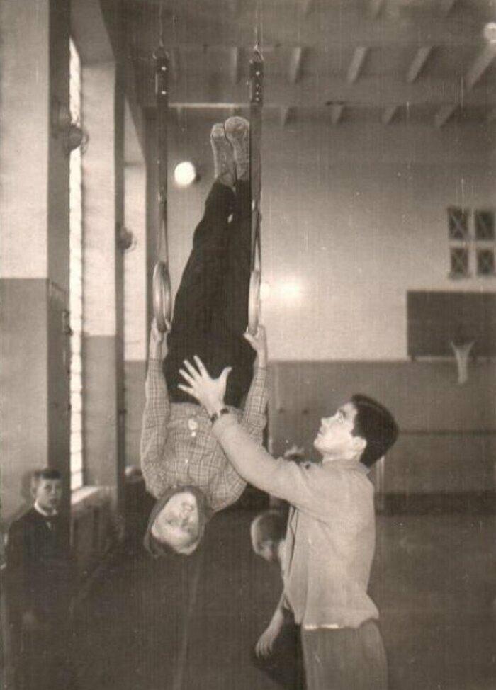 Урок физкультуры в Саратове, 1970-е