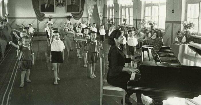 Гимнастика в детском саду, Ростов-на-Дону, 1948 год