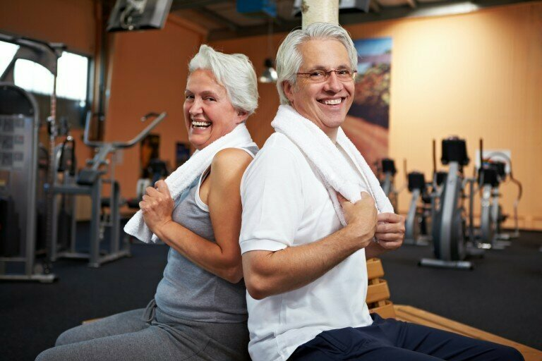 Старикам везде всё не нравится зал, общество, спорт, старики
