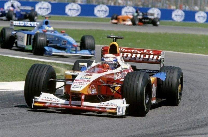 Возвращение в Формулу-1 в 1998 гду не задалось авто, автомобили, автоспорт, алессандро занарди, гонки, гонщик, инвалид, спорт