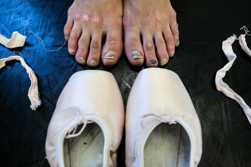 И бонус - ноги балерин
