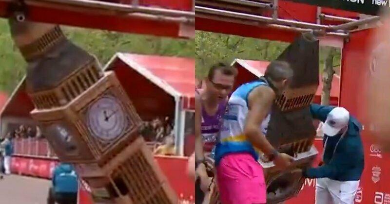"""Башня не прошла: марафонец в костюме """"Биг-Бена"""" застрял на финише"""