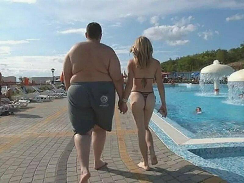 1. Некоторым девушкам нравятся упитанные парни. Хотя... дело может быть и не в этом девушки, качалка, отношения, парни, спорт, тело, толстяки, юмор