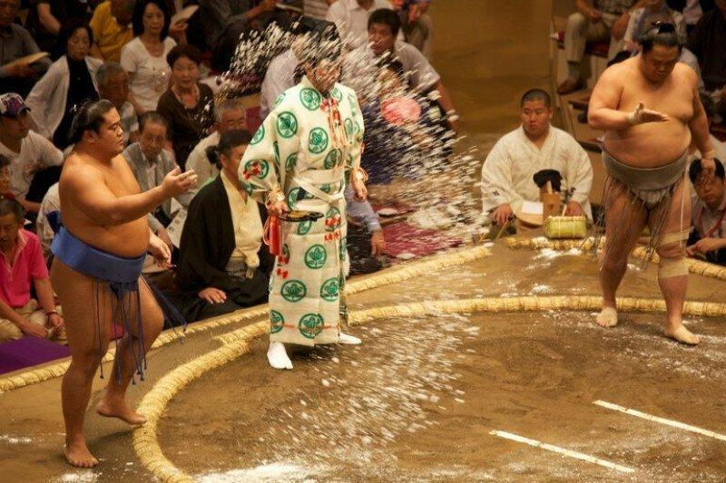 Сумо — это мир странных традиций интересно, спорт, сумо, факты