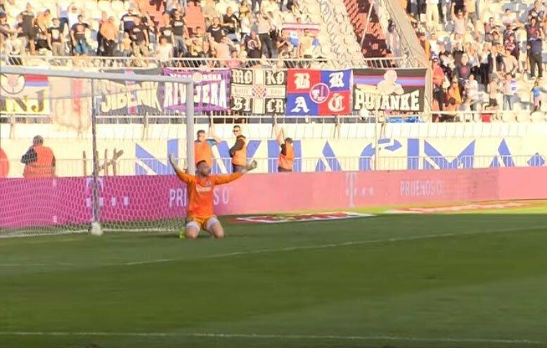 Не щелкай клювом: хорваты на радостях пропускают гол в свои ворота