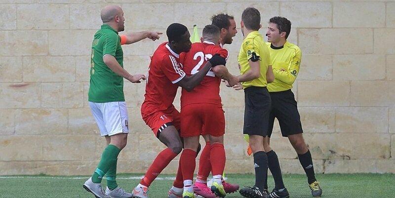 Мальтийский футболист избил судью за жёлтую карточку и попал под суд