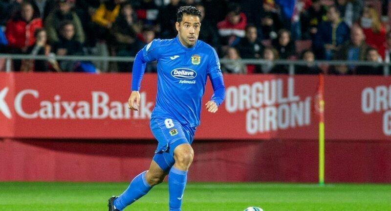 Испанского полузащитника дважды удалили с поля за две минуты