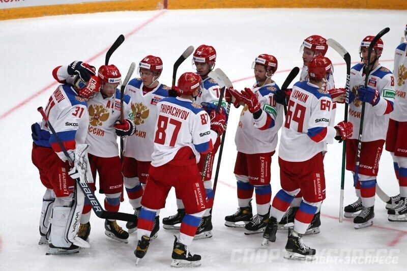 Сборная России по хоккею разгромила финнов и выиграла Кубок Первого канала