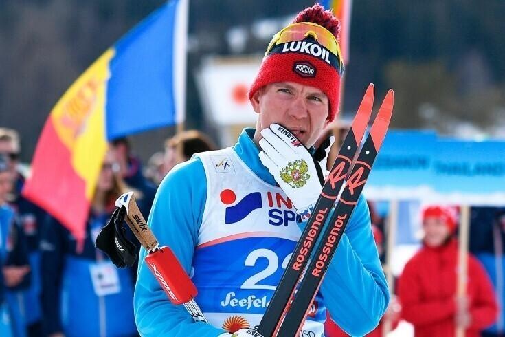 Российский лыжник хоккейным приемом сбил с ног финна после финиша на Кубке мира