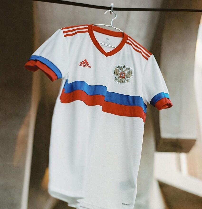 РФС представил новую форму сборной России