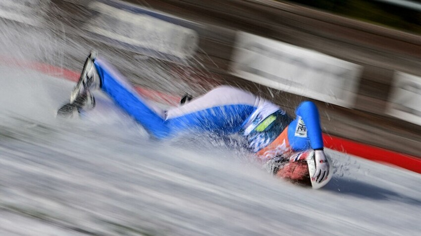 Норвежский прыгун с трамплина рухнул на склон со скоростью 102 км/ч