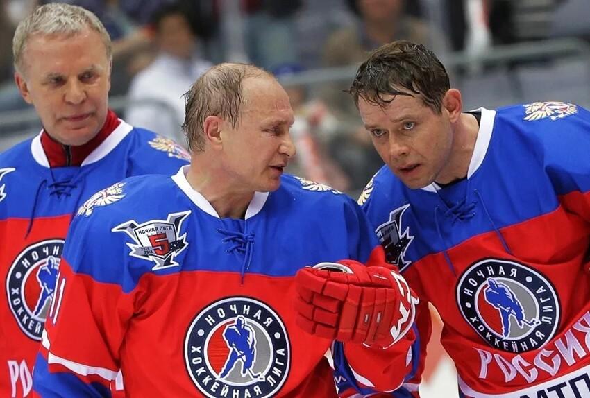 Путин наградил хоккеиста Павла Буре орденом «За заслуги перед Отечеством» IV степени